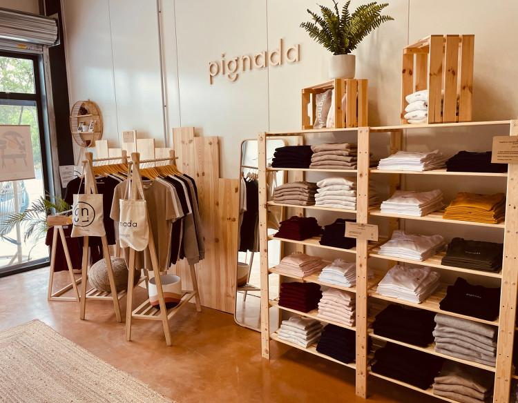 intérieur de la boutique Pignada à Seignosse